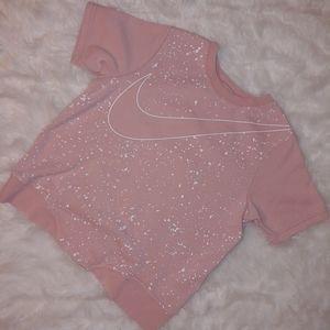 Girls Nike paint Splatter graphic t shirt